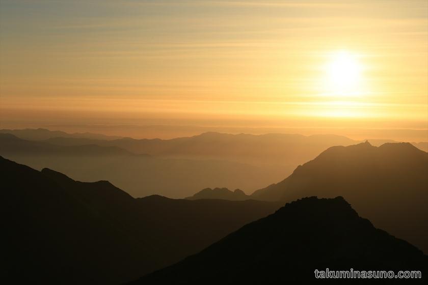 Sunrise from Mt Senjougatake