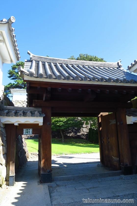 Entrance gate of Kofu Castle Trace