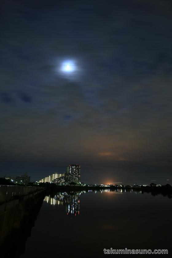 Full Moon and Flare Stack from Tamagawa Ohashi Bridge