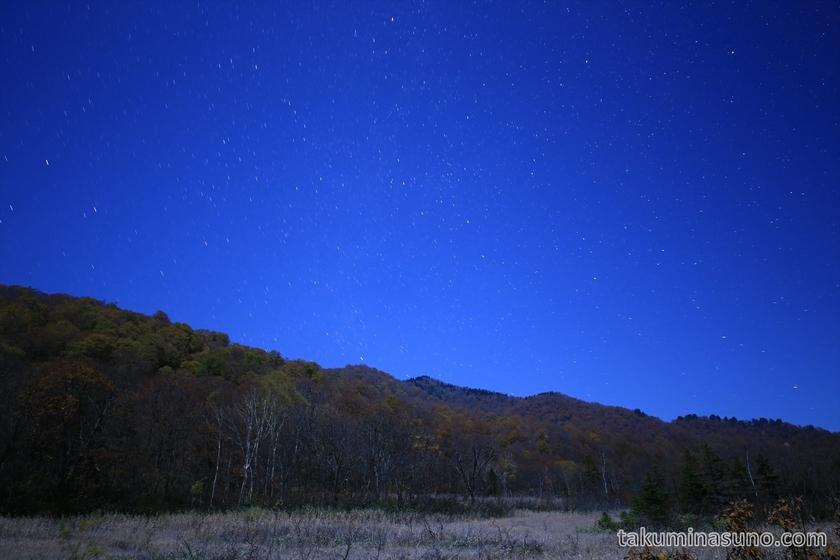 Starscape with autumn leaves at Ozegahara Marshland