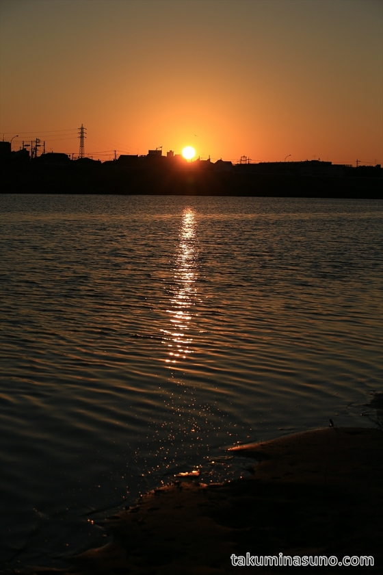 Sunrise from the opposite side of Tama River