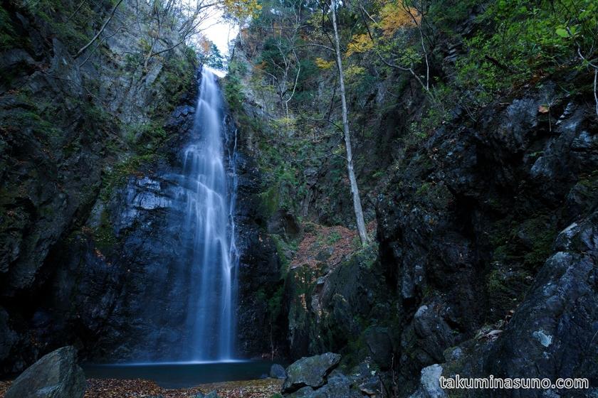 Hyakuhiro-no-taki Waterfall at Mt Kawanori
