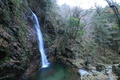 紅葉レポ2014 都内唯一の日本の滝百選、払沢の滝を見てきました