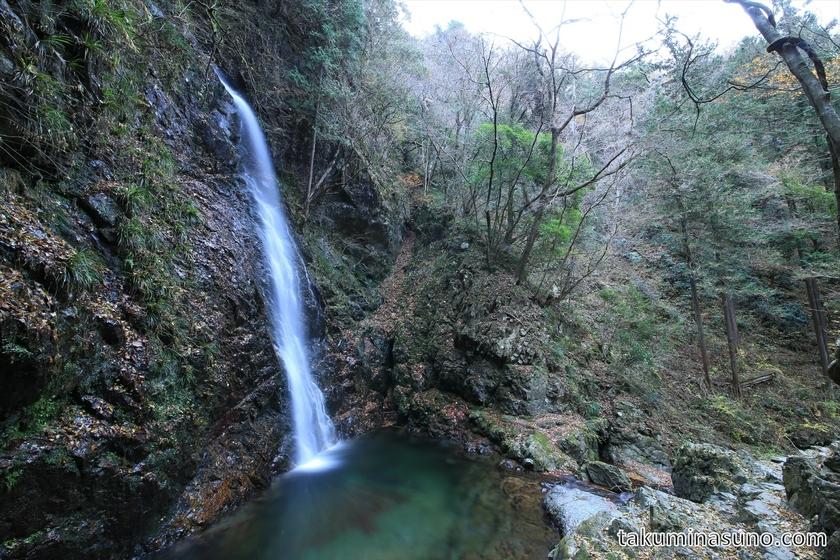 Hossawa-no-taki Waterfall from Slope