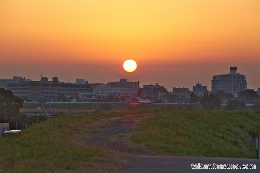 Sunrise from Tama River