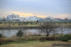 Record of January Colors Found at Tama River - Clouds at Dusk